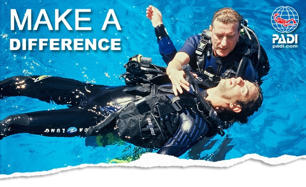 Photo of Emergency First Response Instructor diving course.