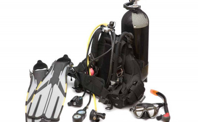 Photo of Gear Class diving course.